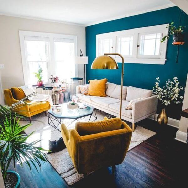 Màu xanh cổ điển cho phòng khách